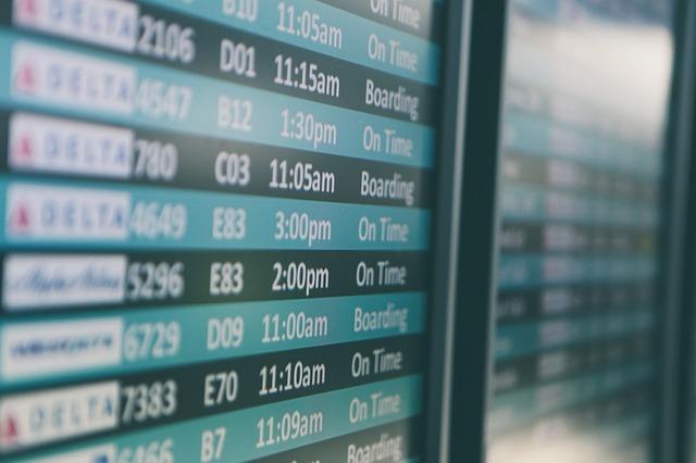Compagnia-aerea-condannata-non-solo-alla-refusione-della-compensazione-pecuniaria,-ma-anche-al-rimborso-del-biglietto-aereo-in-caso-di-ritardo-oltre-le-5-ore